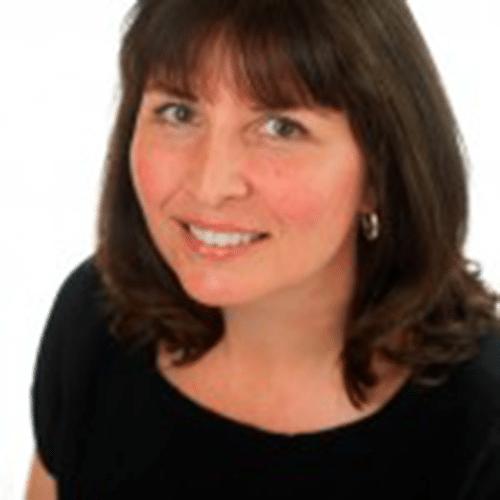 Testimonial Headshot - Lynda