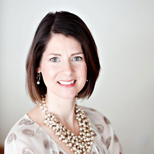 Testimonial Headshot - Betsy Linnel