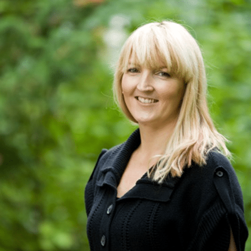 Testimonial Headshot - Kerri Jones, Peaked Pies